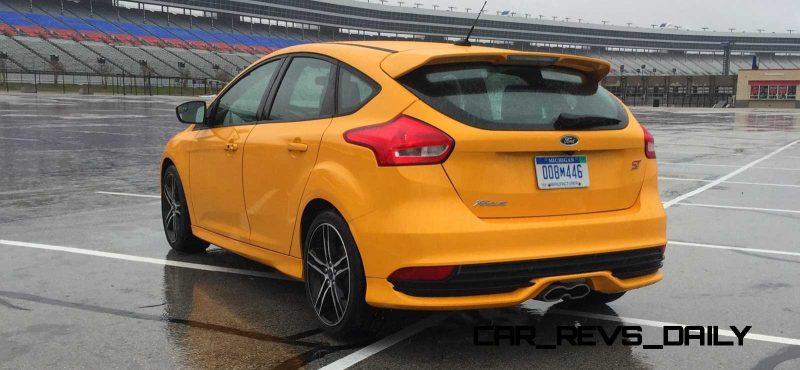 2015 Ford Focus ST Tangerine Scream ST2 Pack 45