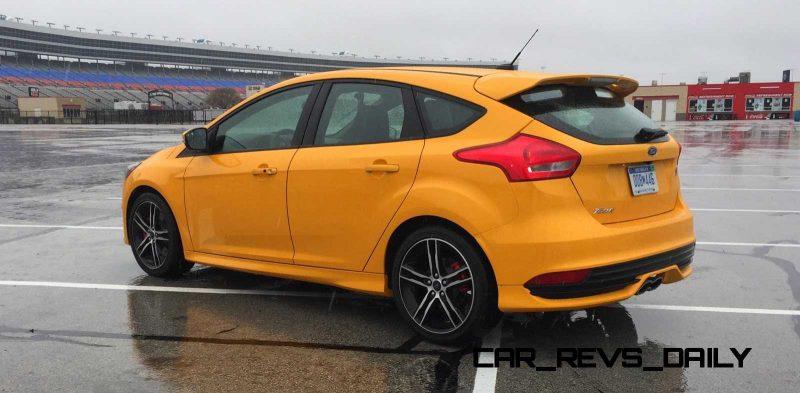 2015 Ford Focus ST Tangerine Scream ST2 Pack 49