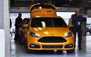 2015 Ford Focus ST Tangerine Scream ST2 Pack 81