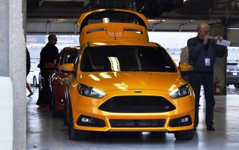 2015 Ford Focus ST Tangerine Scream ST2 Pack 81