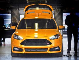 First Drive Review - 2015 Ford Focus ST in HD Video + 150 Photos!