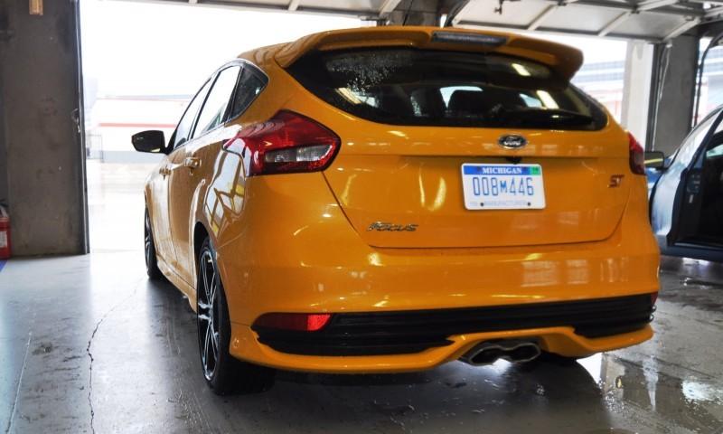 2015 Ford Focus ST Tangerine Scream ST2 Pack 84