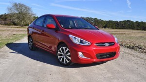 2015 Hyundai Accent GLS Sedan 20