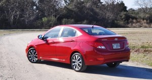 2015 Hyundai Accent GLS Sedan 22