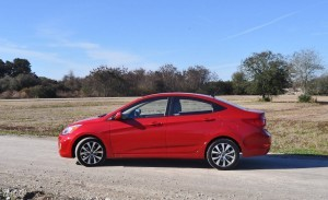 2015 Hyundai Accent GLS Sedan 24