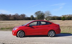 2015 Hyundai Accent GLS Sedan 26