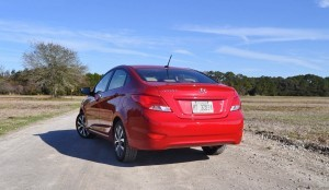 2015 Hyundai Accent GLS Sedan 29