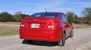 2015 Hyundai Accent GLS Sedan 35
