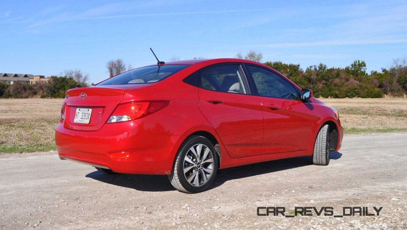 2015 Hyundai Accent GLS Sedan 36