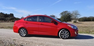 2015 Hyundai Accent GLS Sedan 38