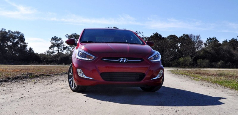 2015 Hyundai Accent GLS Sedan 40