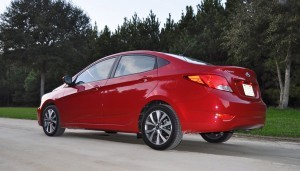 2015 Hyundai Accent GLS Sedan 57
