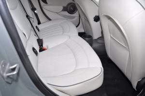 2015 MINI Cooper S Hardtop 4-Door Interior 14