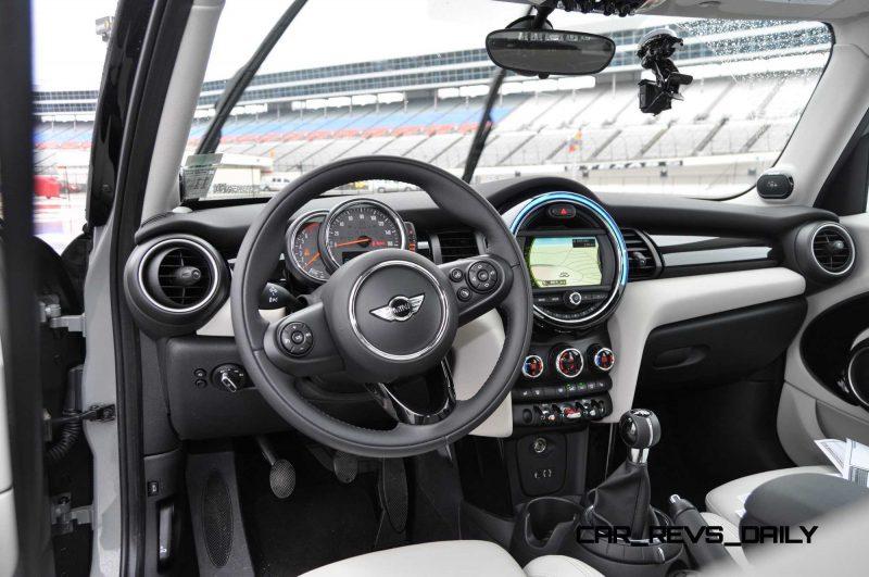2015 MINI Cooper S Hardtop 4-Door Interior 2