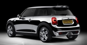 2015 MINI Hardtop Chrome Line 3