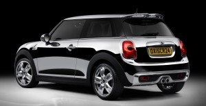 2015 MINI Hardtop Chrome Line 4