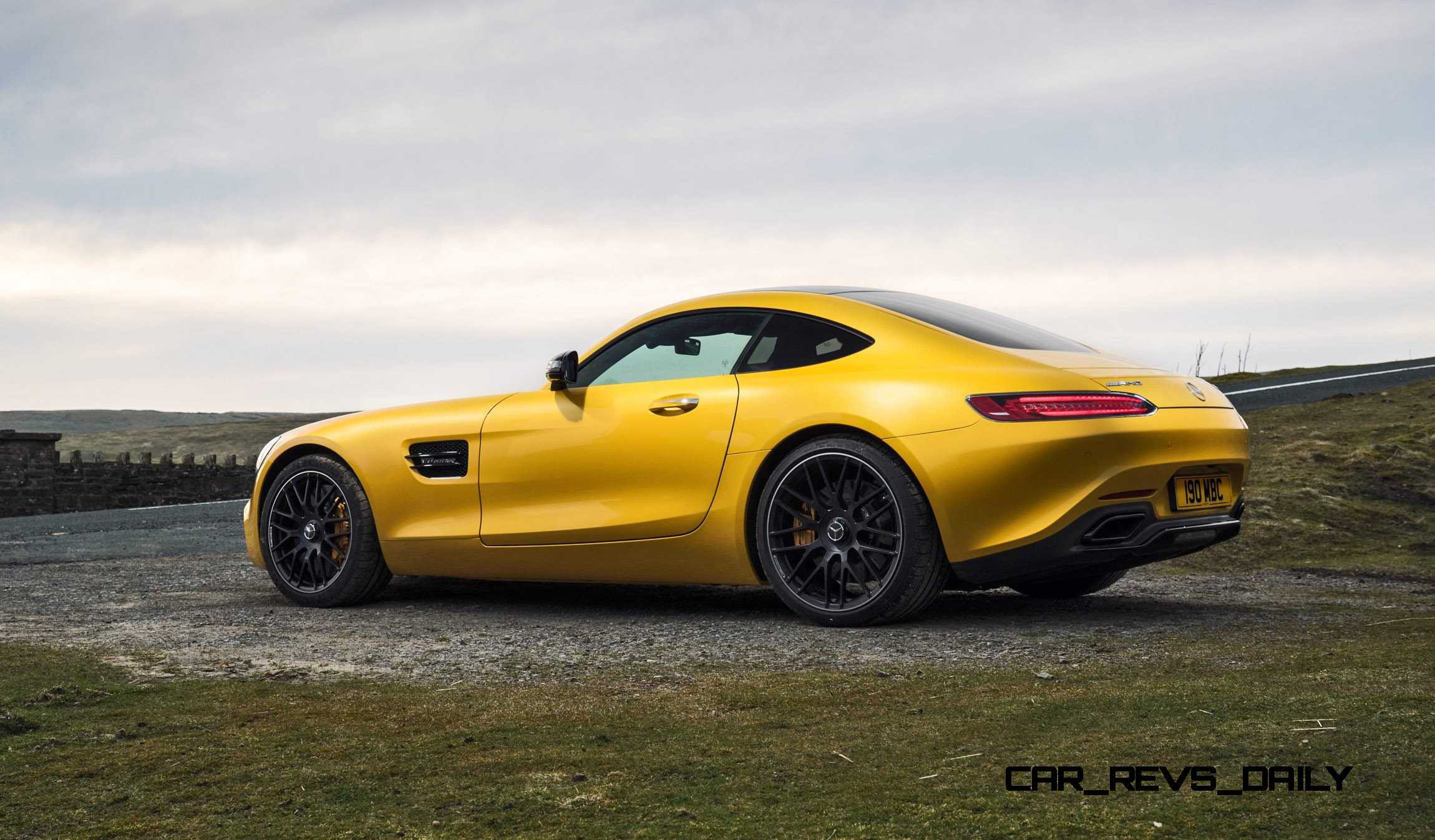 2015 mercedes amg gt s colors. Black Bedroom Furniture Sets. Home Design Ideas