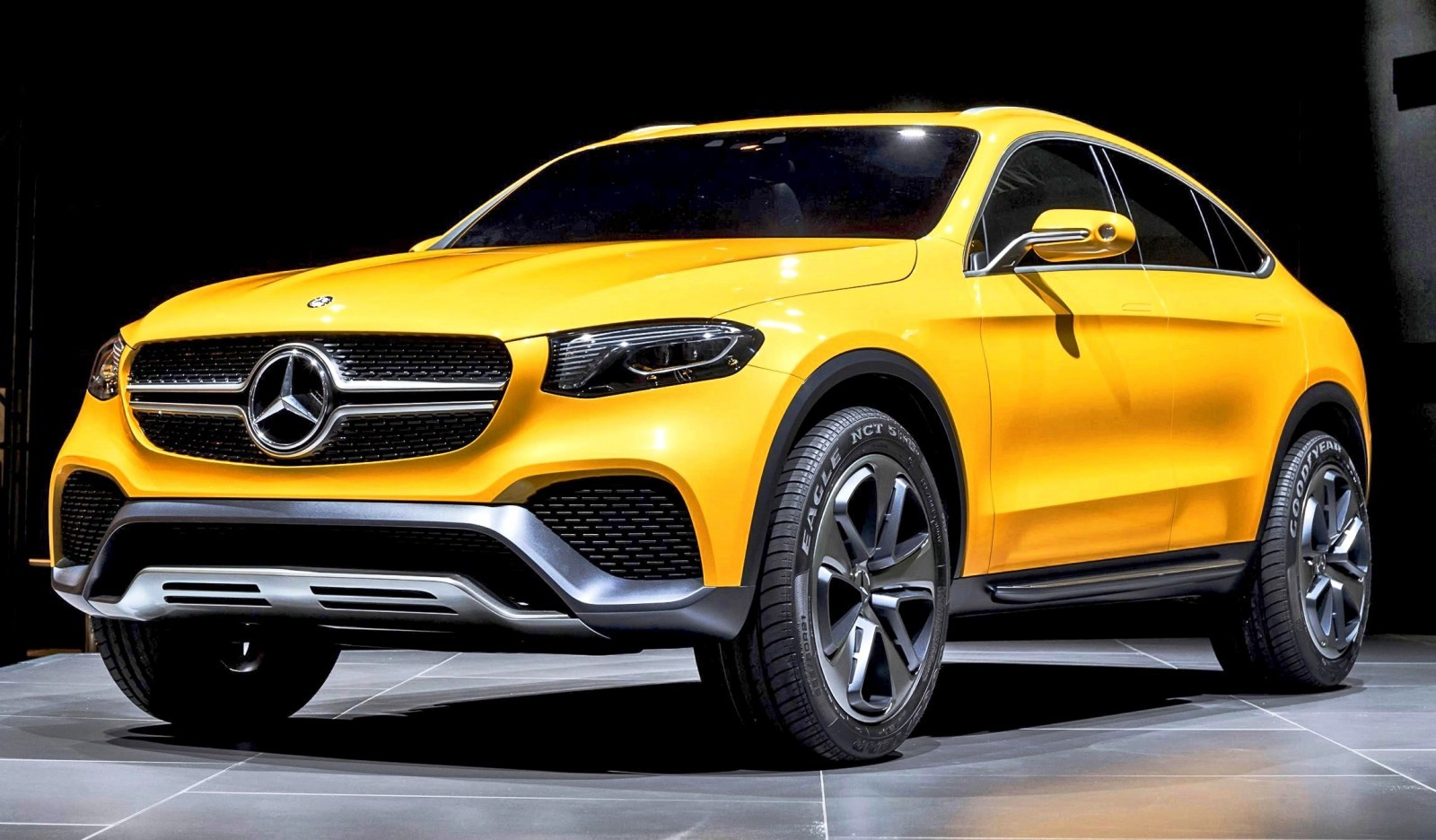 2017 mercedes benz glc for Mercedes benz cross over