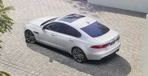 2016 Jaguar XF 10
