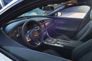 2016 Jaguar XF 15