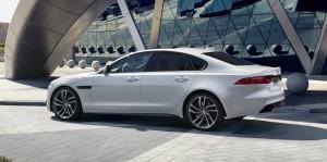 2016 Jaguar XF 17