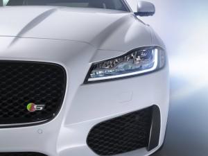 2016 Jaguar XF 3