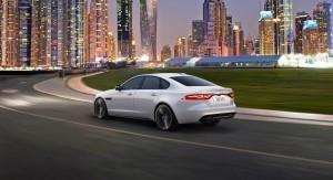 2016 Jaguar XF 31
