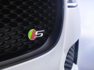 2016 Jaguar XF 5
