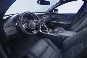 2016 Jaguar XF 7
