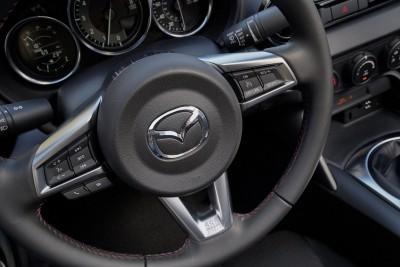 2016 Mazda MX-5 Club 23