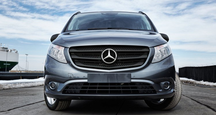 Minivans archives page 3 of 8 car revs for Mercedes benz vans usa