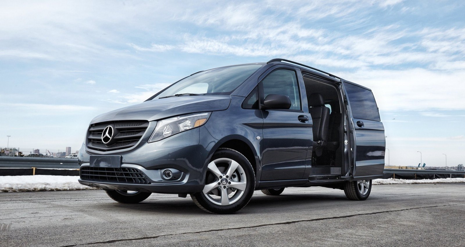 2016 mercedes benz metris usa. Cars Review. Best American Auto & Cars Review