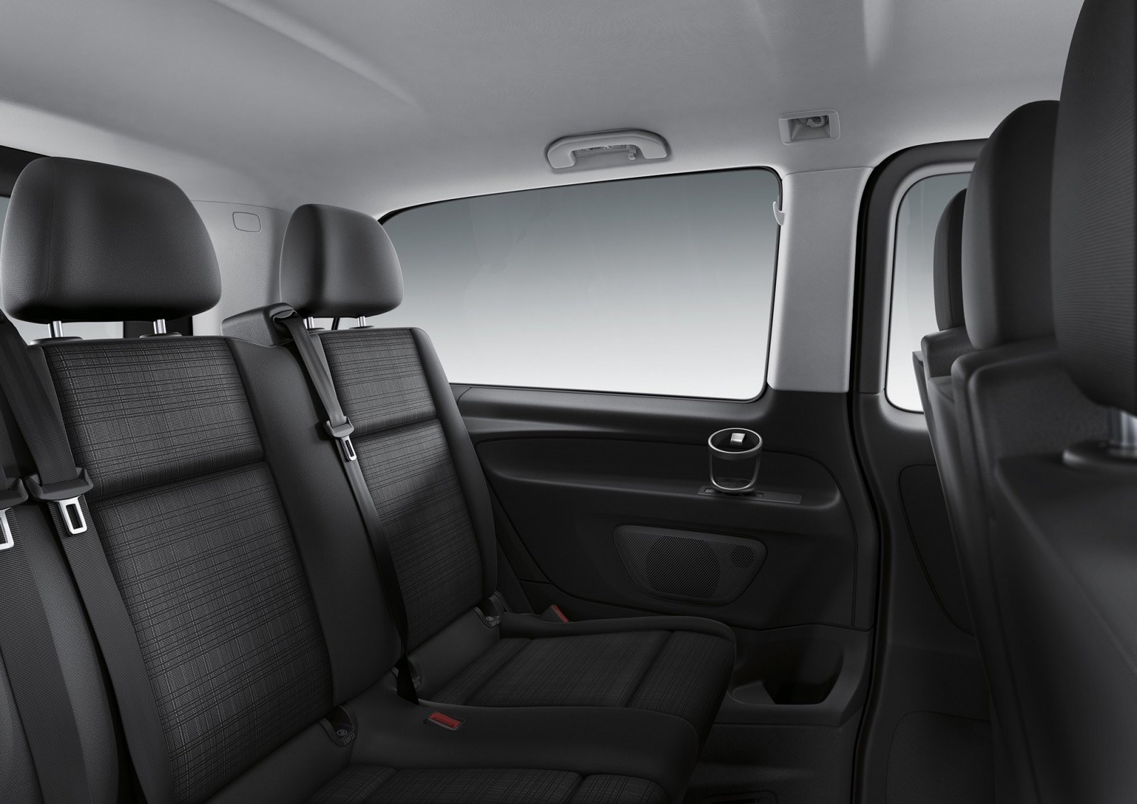 2016 mercedes benz metris usa for Mercedes benz van interior