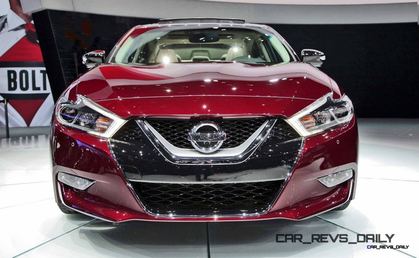 2016-Nissan-Maxima-Front-03a
