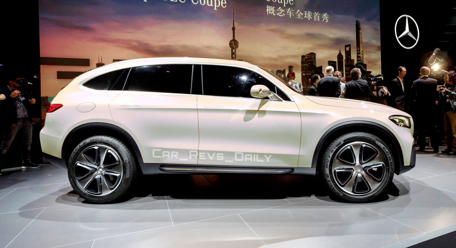 2017 mercedes benz glc for Mercedes benz glc 400