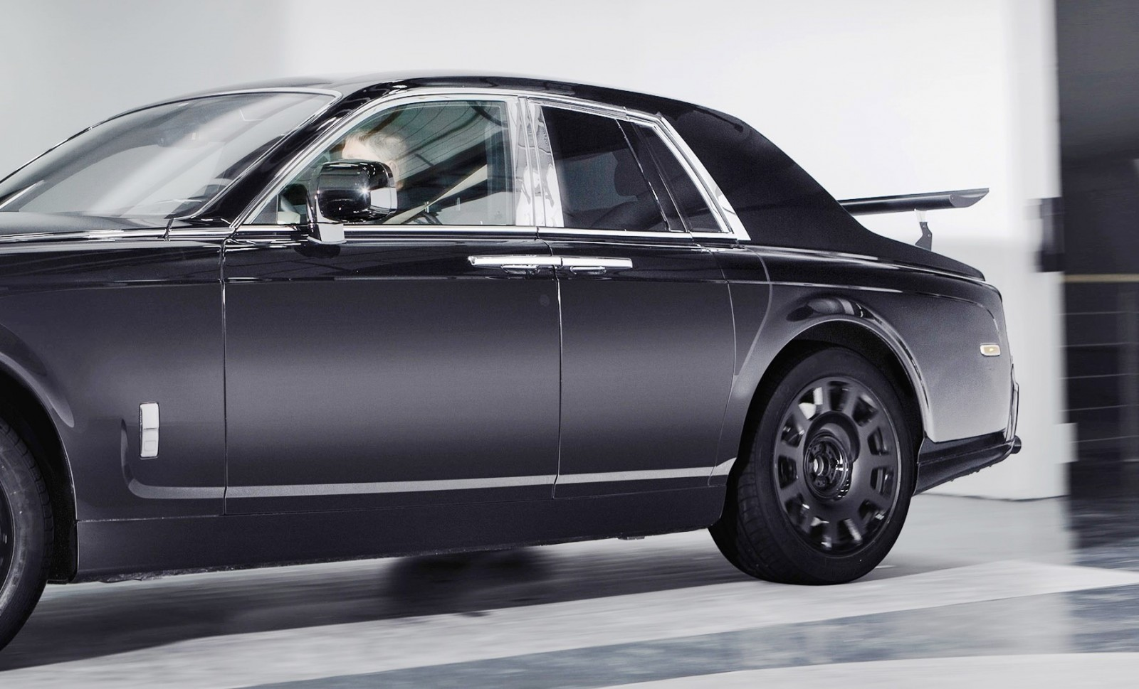2017 rolls royce suv project callinan test mules 6. Black Bedroom Furniture Sets. Home Design Ideas