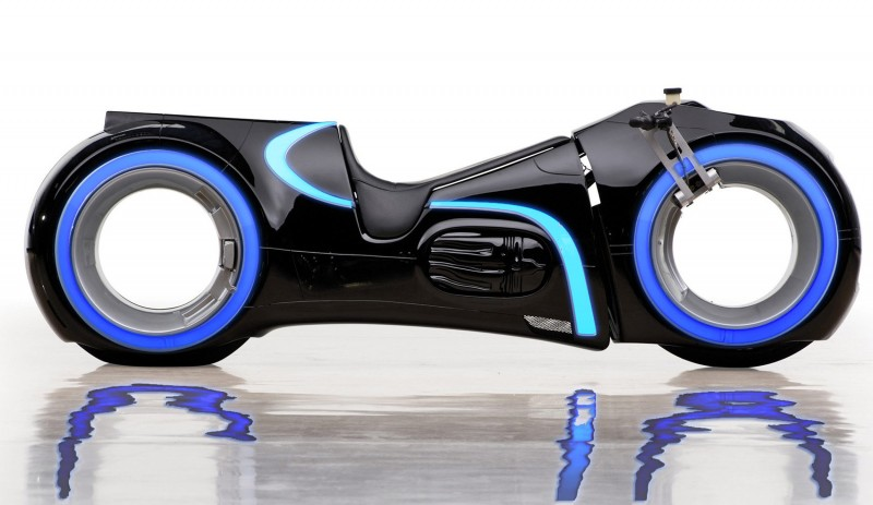 Custom-TRON-Light-Cycle-for-Sale-19