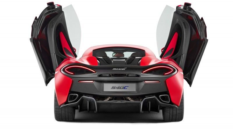 McLaren_540C_rear_door_up