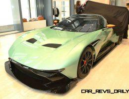 2016 Aston Martin VULCAN in 40 New Photos from Dubai and Manhattan