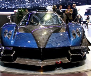 2010 Pagani Zonda Revolucion photo - 1