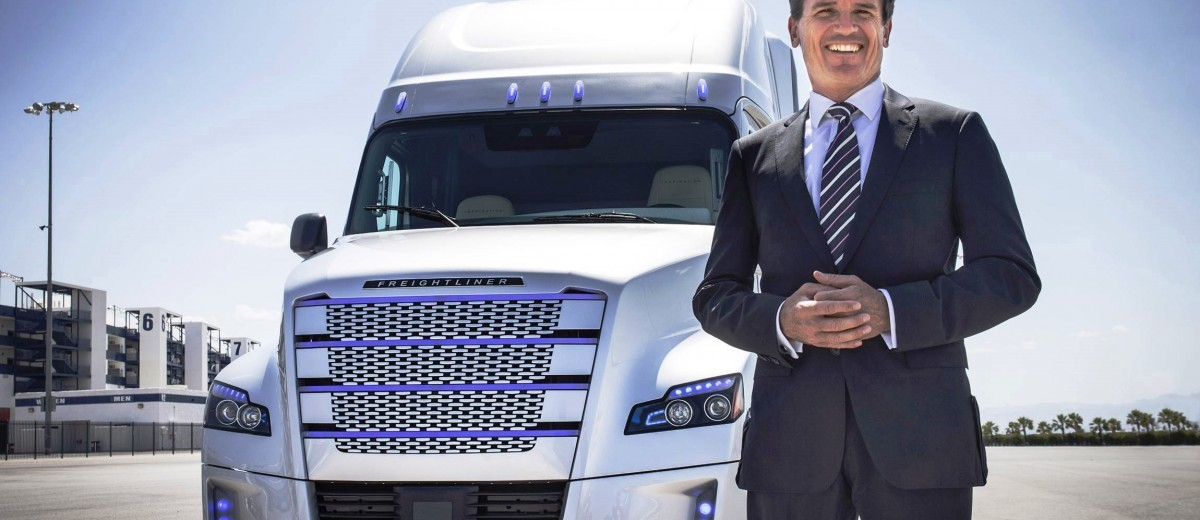 2015 Freightliner Inspiration Truck Concept 39