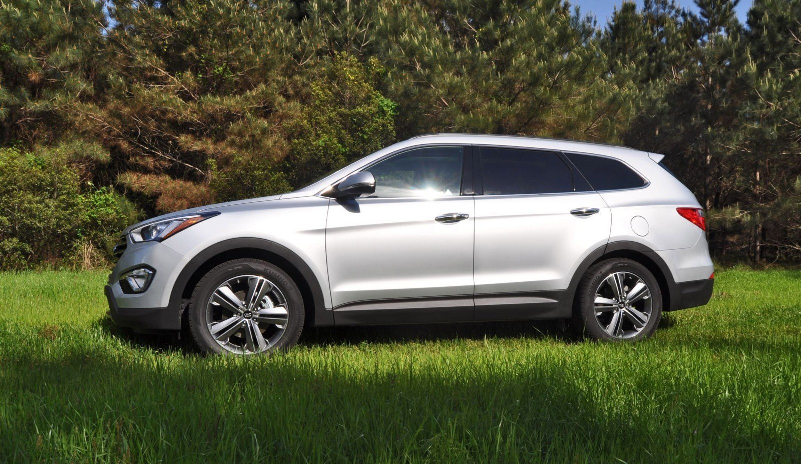 2015 hyundai santa fe review. Black Bedroom Furniture Sets. Home Design Ideas