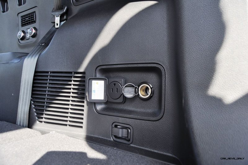 2015 Hyundai Santa Fe LWB Ultimate - Interior Photos 13