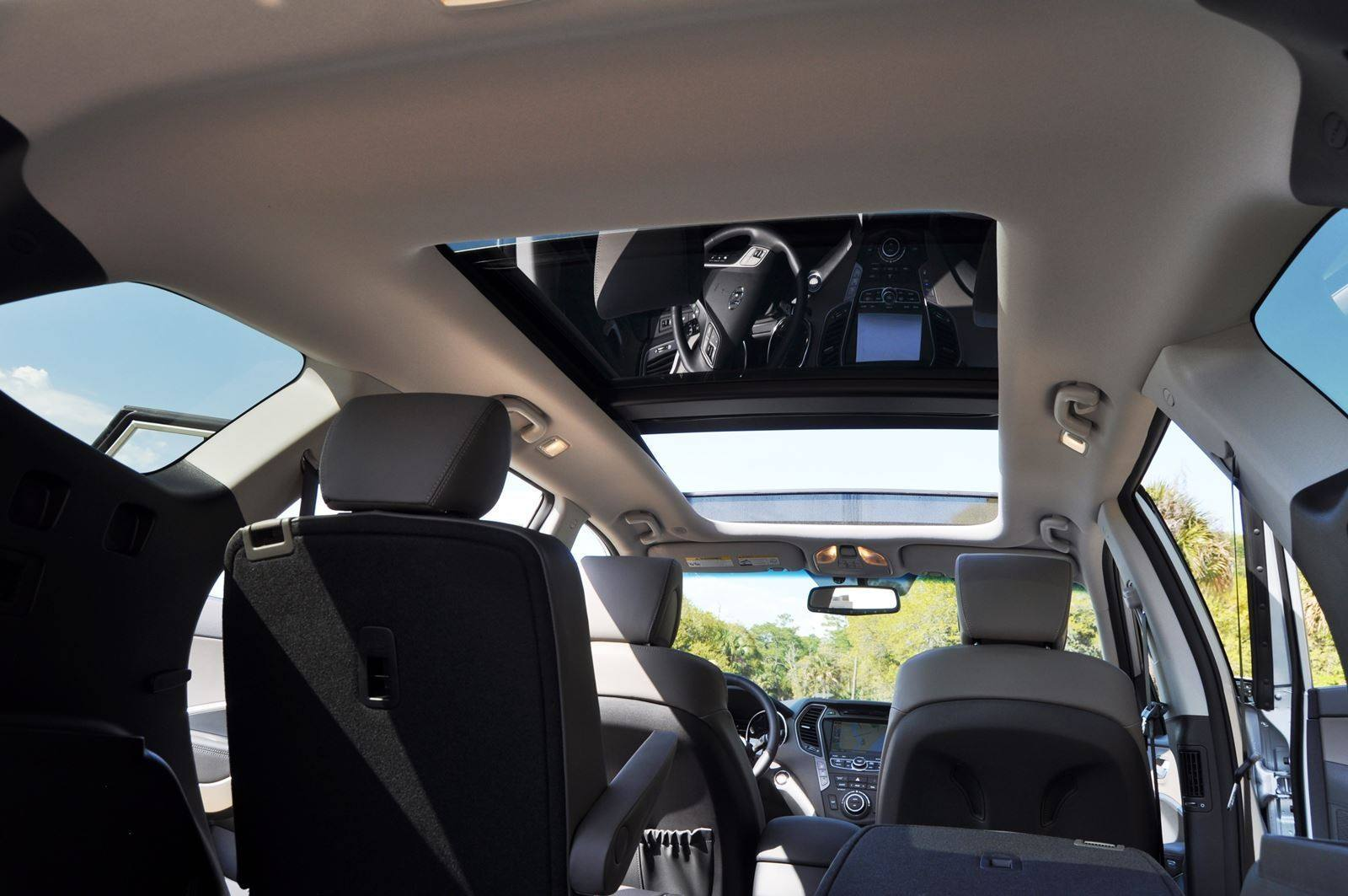 2015 Hyundai Santa Fe LWB Ultimate - Interior Photos 14
