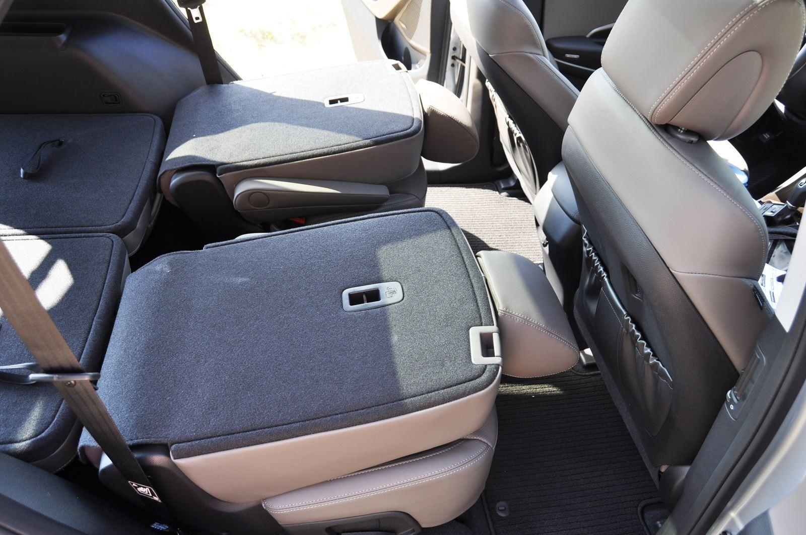 2015 Hyundai Santa Fe LWB Ultimate - Interior Photos 18