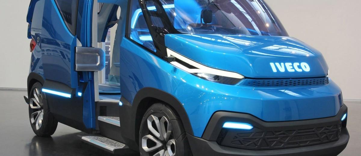2015 IVECO Vision Concept Van 13