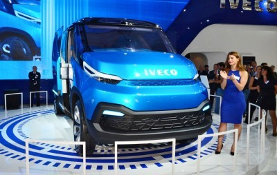 2015 IVECO Vision Concept Van 18