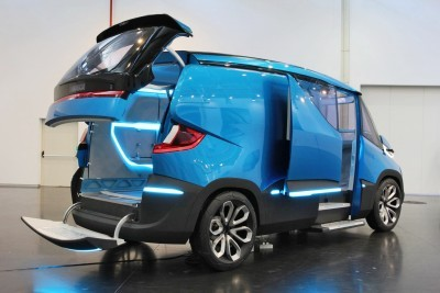 2015 IVECO Vision Concept Van 2