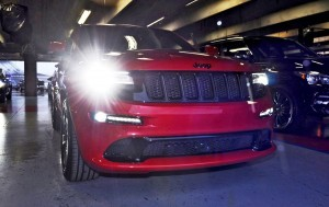 2015 Jeep Grand Cherokee SRT  1