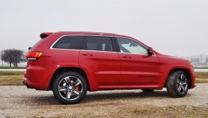 2015 Jeep Grand Cherokee SRT  30